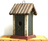 Bird House Green Barn 22cm
