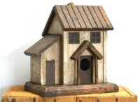 Bird House with Cottage 22cm