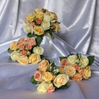 Unbelievable Classic Peach Rose Wedding Posy